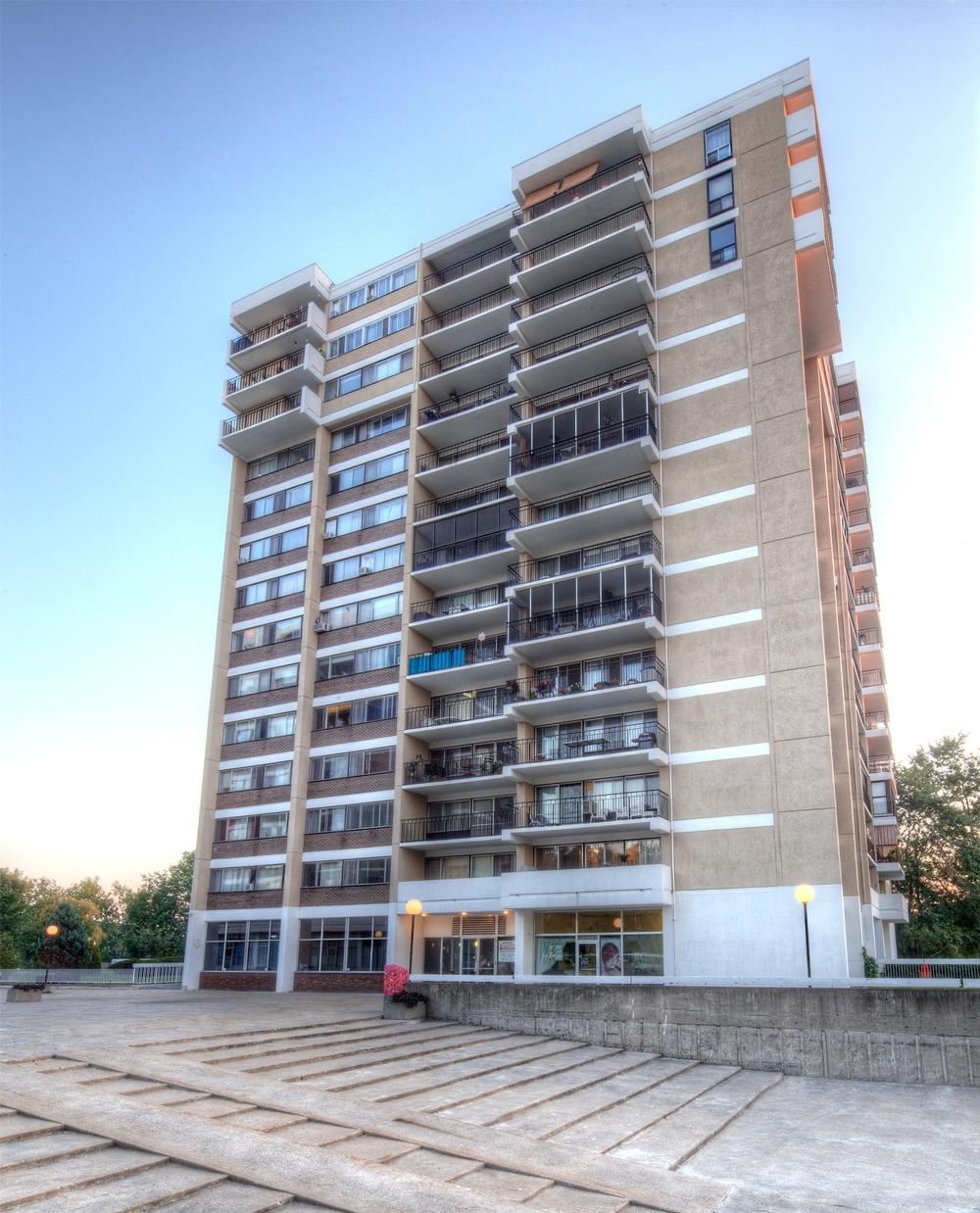 Appartement 2 Chambres a louer à Laval a Havre des Iles - Photo 08 - TrouveUnAppart – L9526