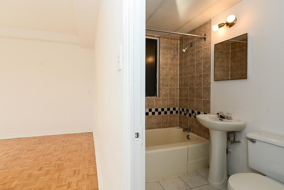 Appartement 1 Chambre a louer à Montréal (Centre-Ville) a Metro Guy concordia - Photo 06 - TrouveUnAppart – L1060