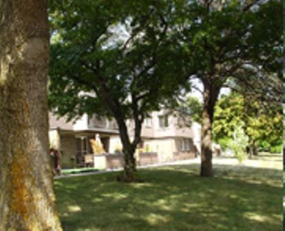 Maison de ville 3 Chambres a louer à Beaconsfield a Beacon Hill Villa - Photo 03 - TrouveUnAppart – L9367