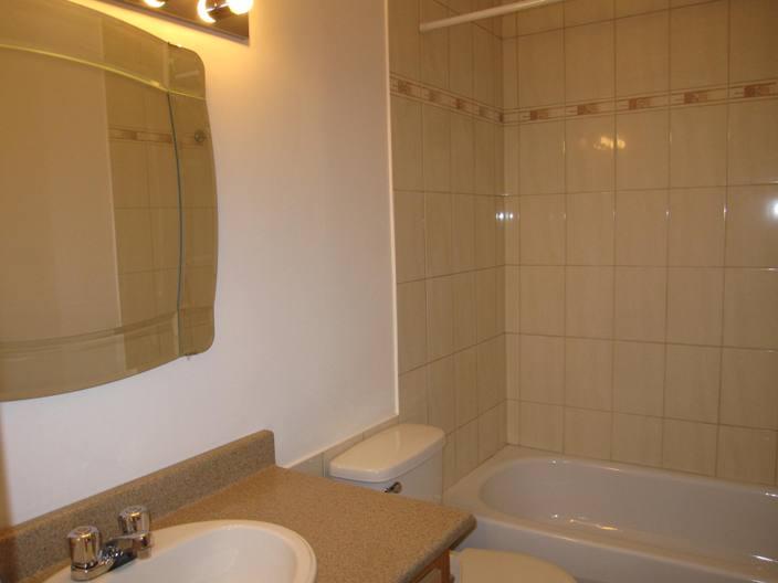 Appartement 2 Chambres a louer à Ville St-Laurent - Bois-Franc a Plaza Oasis - Photo 04 - TrouveUnAppart – L1792