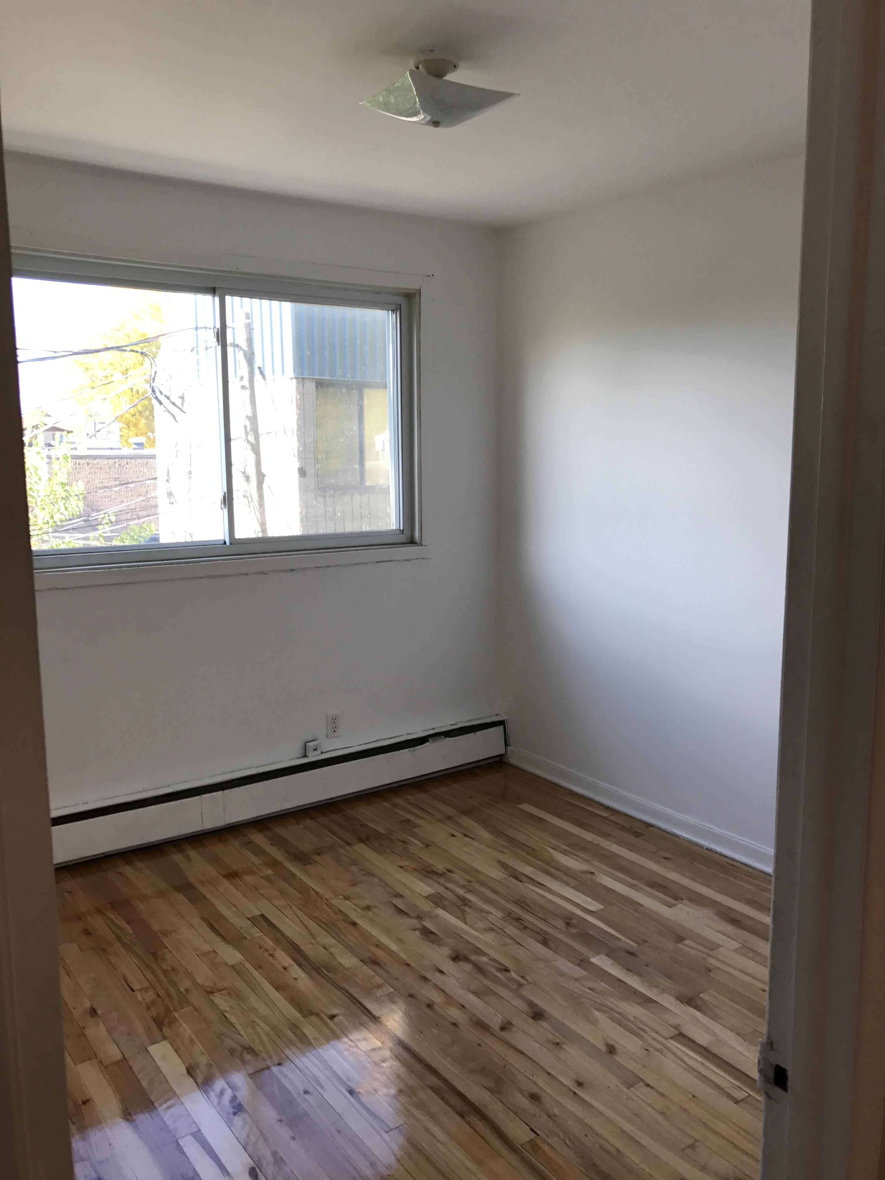 Appartement 2 Chambres a louer à Laval a 4750 Samson - Photo 02 - TrouveUnAppart – L31348