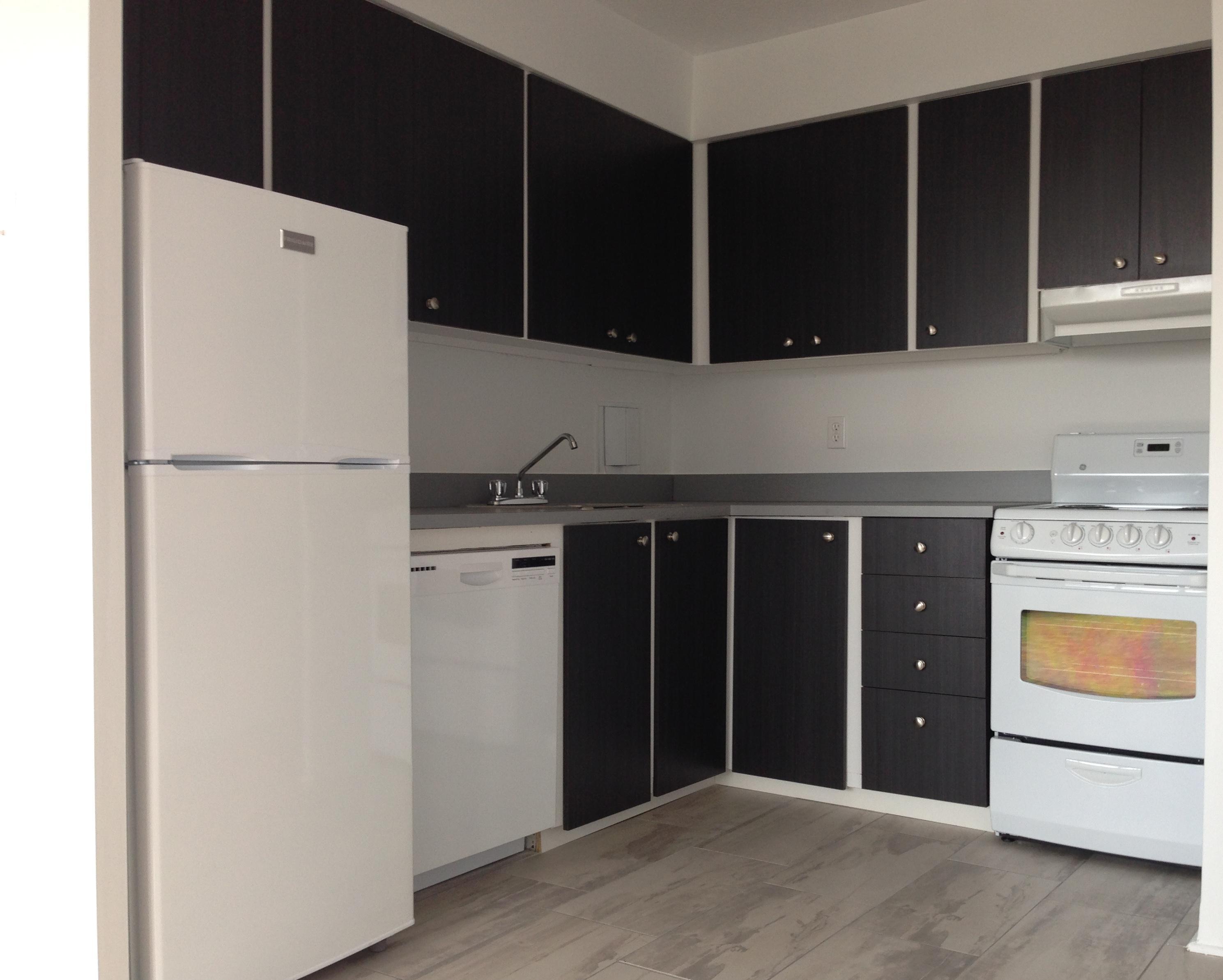 Appartement Studio / Bachelor a louer à Montréal (Centre-Ville) a Nouveau Colisee - Photo 06 - TrouveUnAppart – L23177