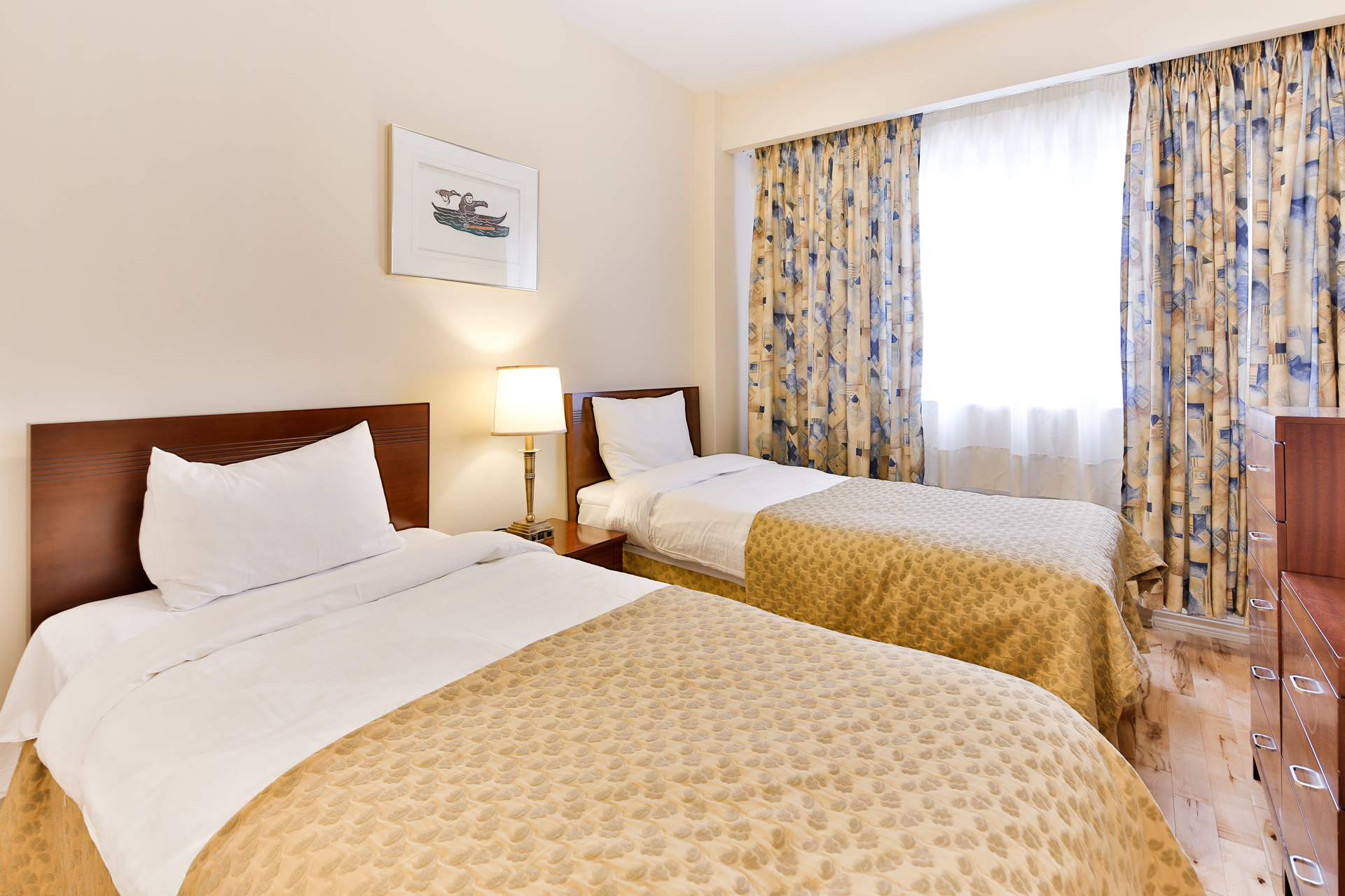 Appartement 2 Chambres meublé a louer à Ville Mont-Royal a Sunset Suites - Photo 02 - TrouveUnAppart – L3724