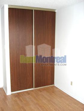 Appartement 2 Chambres a louer à Pierrefonds-Roxboro a Marina Centre - Photo 03 - TrouveUnAppart – L582