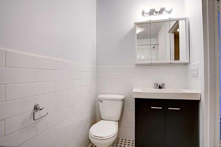 Appartement 3 Chambres a louer à Montréal (Centre-Ville) a 2205 St Marc et 1849 Lincoln - Photo 02 - TrouveUnAppart – L8039
