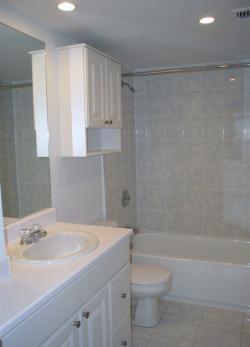 Appartement 3 Chambres a louer à Côte-Saint-Luc a 5150 MacDonald - Photo 02 - TrouveUnAppart – L5751