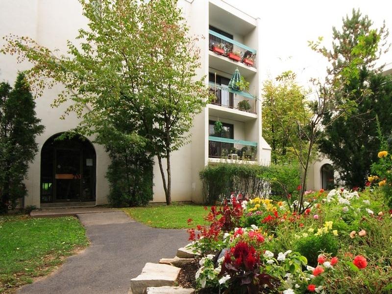 Appartement Studio / Bachelor a louer à Sainte Julie a Le Champfleury - Photo 05 - TrouveUnAppart – L168598