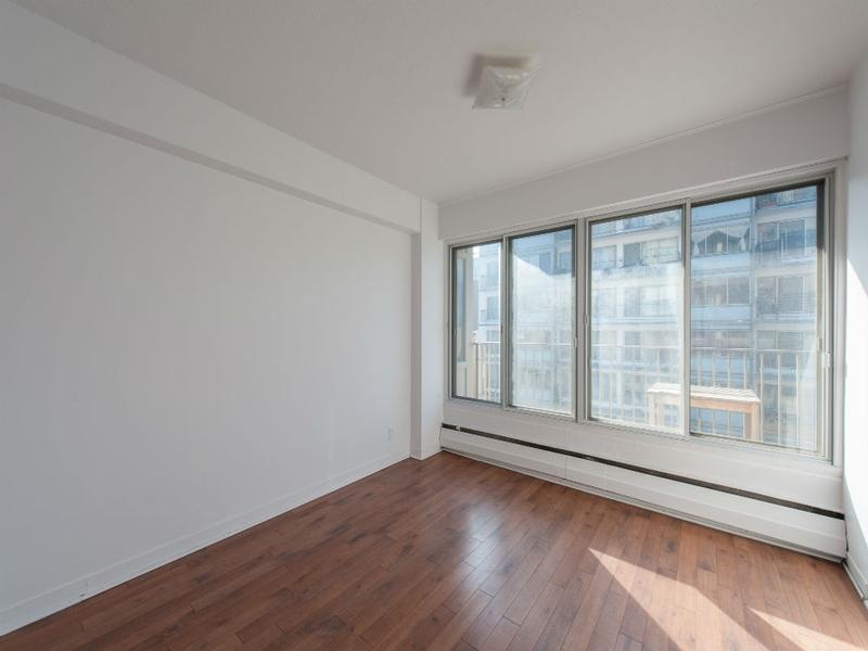 Appartement Studio / Bachelor a louer à Montréal (Centre-Ville) a Le Barcelona - Photo 03 - TrouveUnAppart – L168312