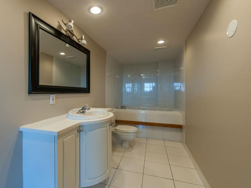 Appartement 2 Chambres a louer à Laval a Le Castel de Laval - Photo 02 - TrouveUnAppart – L6088
