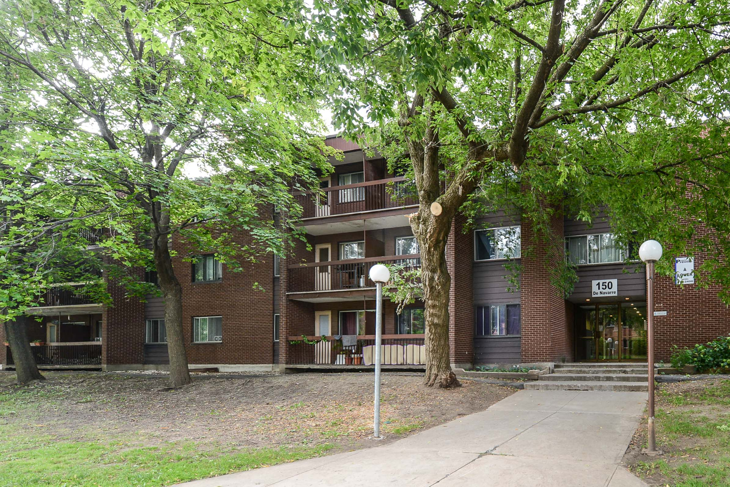 Appartement 2 Chambres a louer à Saint Lambert a Projets Preville 1 - Photo 03 - TrouveUnAppart – L2133