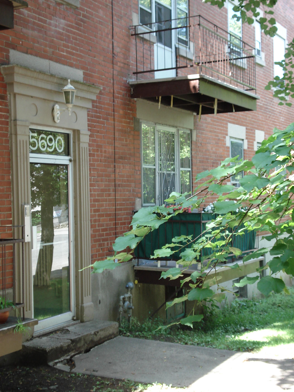Appartement 1 Chambre a louer à Côte-des-Neiges a 5690 Gatineau et 3510 Cote-Ste-Catherine - Photo 04 - TrouveUnAppart – L191708