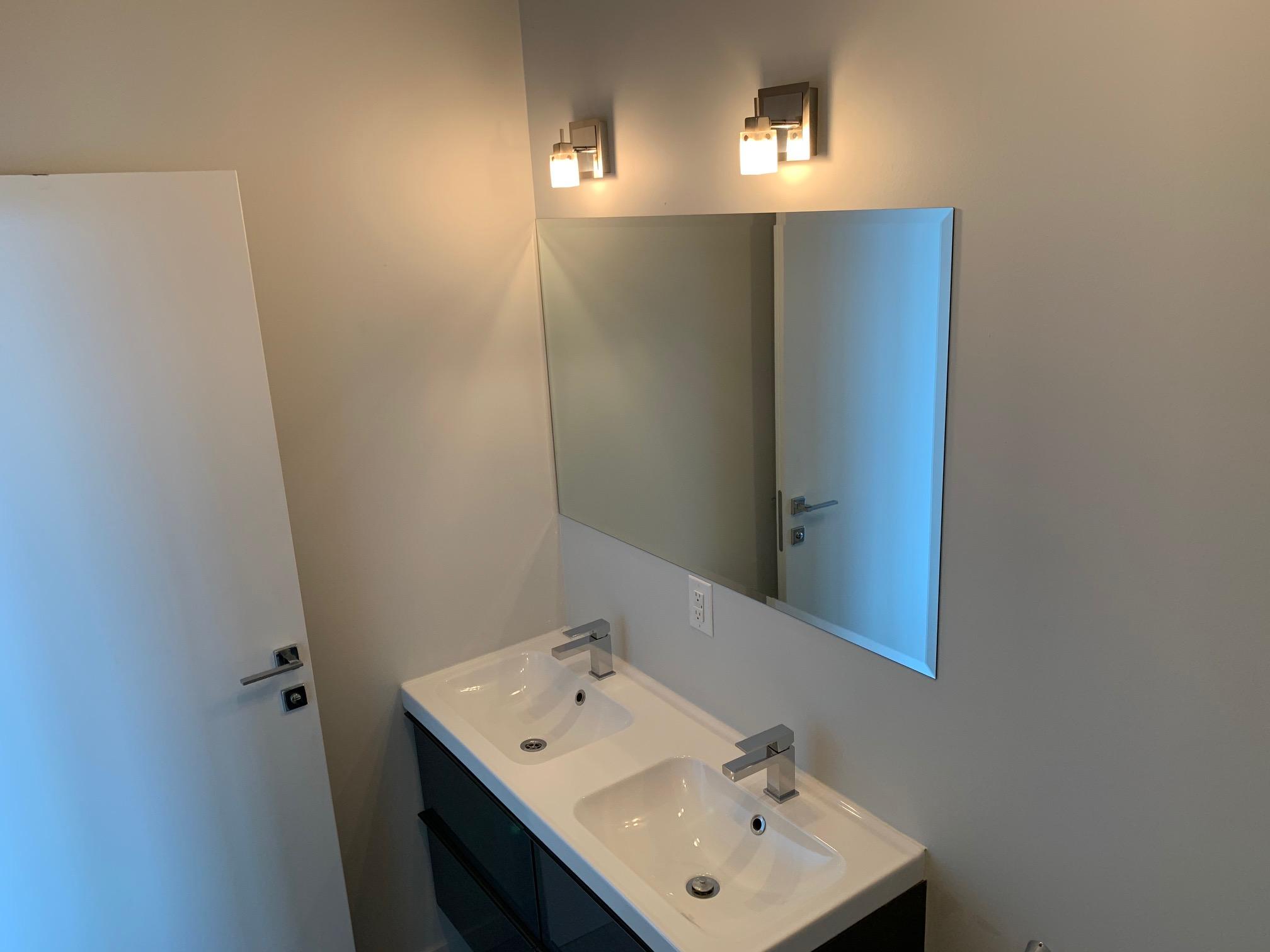 Appartement 2 Chambres de luxe a louer à Montréal (Centre-Ville) a Le Rubic - Photo 02 - TrouveUnAppart – L405205