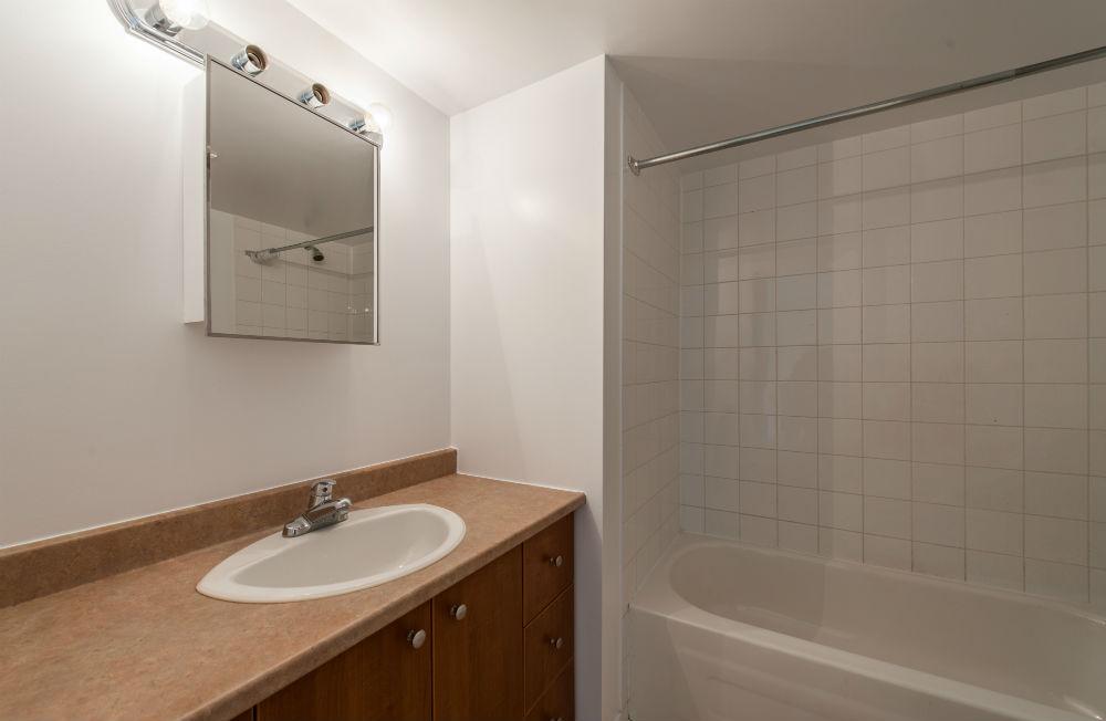 Appartement 2 Chambres a louer à Pierrefonds-Roxboro a Place Riviera - Photo 09 - TrouveUnAppart – L35796