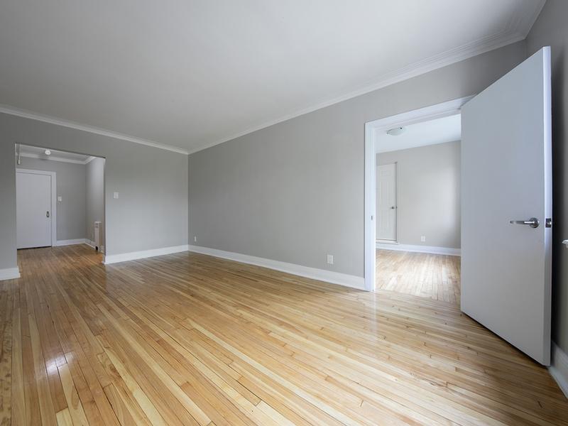 Appartement 3 Chambres a louer à Côte-Saint-Luc a Les immeubles MacDonald - Photo 01 - TrouveUnAppart – L401537