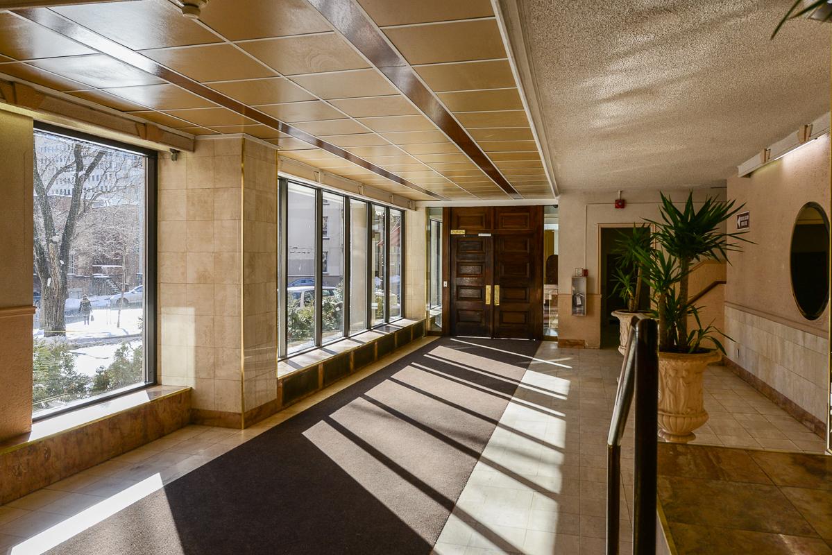 Appartement 1 Chambre meublé a louer à Montréal (Centre-Ville) a Metro Guy concordia - Photo 03 - TrouveUnAppart – L1725