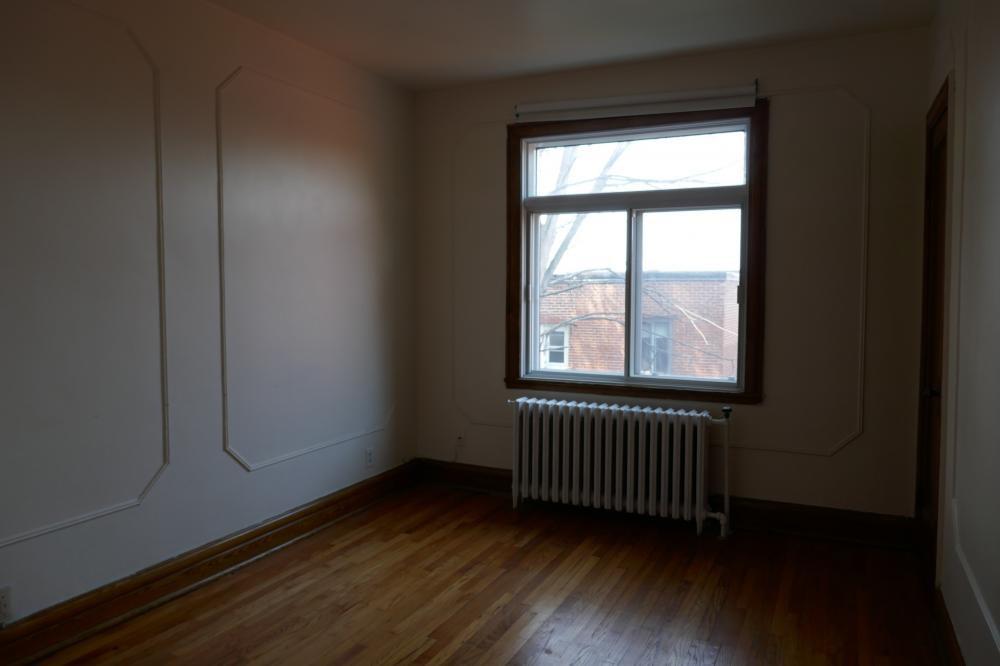 Appartement Studio / Bachelor a louer à Côte-des-Neiges a 5674 Avenue Gatineau - Photo 03 - TrouveUnAppart – L401052