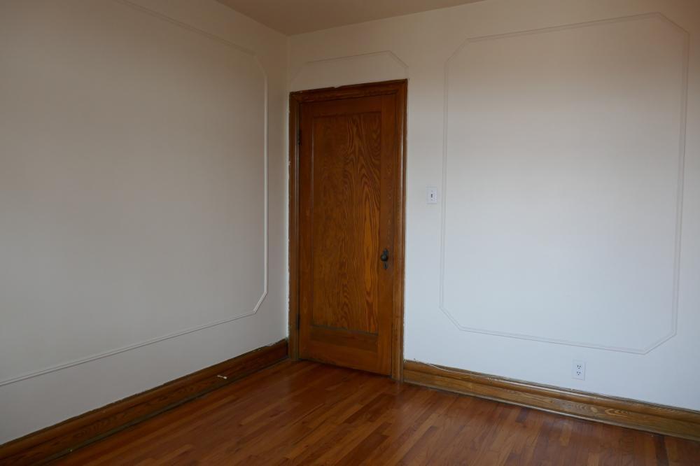 Appartement Studio / Bachelor a louer à Côte-des-Neiges a 5674 Avenue Gatineau - Photo 01 - TrouveUnAppart – L401052