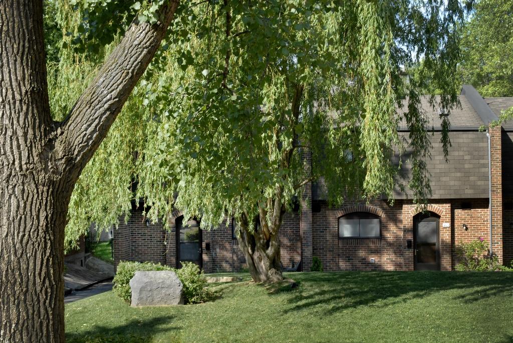 Maison de ville 3 Chambres a louer à Pointe-Claire a Southwest One - Photo 01 - TrouveUnAppart – L9672