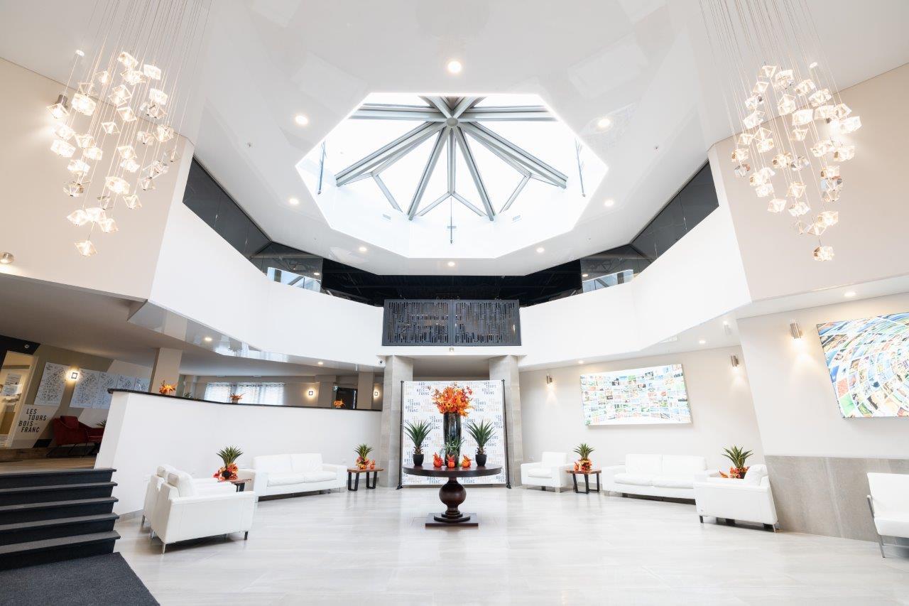 Penthouse 2 Chambres de luxe a louer à Ville St-Laurent - Bois-Franc a Tours Bois-Franc - Photo 01 - TrouveUnAppart – L403169