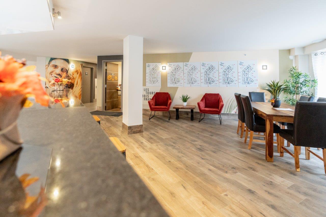 Penthouse 2 Chambres de luxe a louer à Ville St-Laurent - Bois-Franc a Tours Bois-Franc - Photo 03 - TrouveUnAppart – L403169