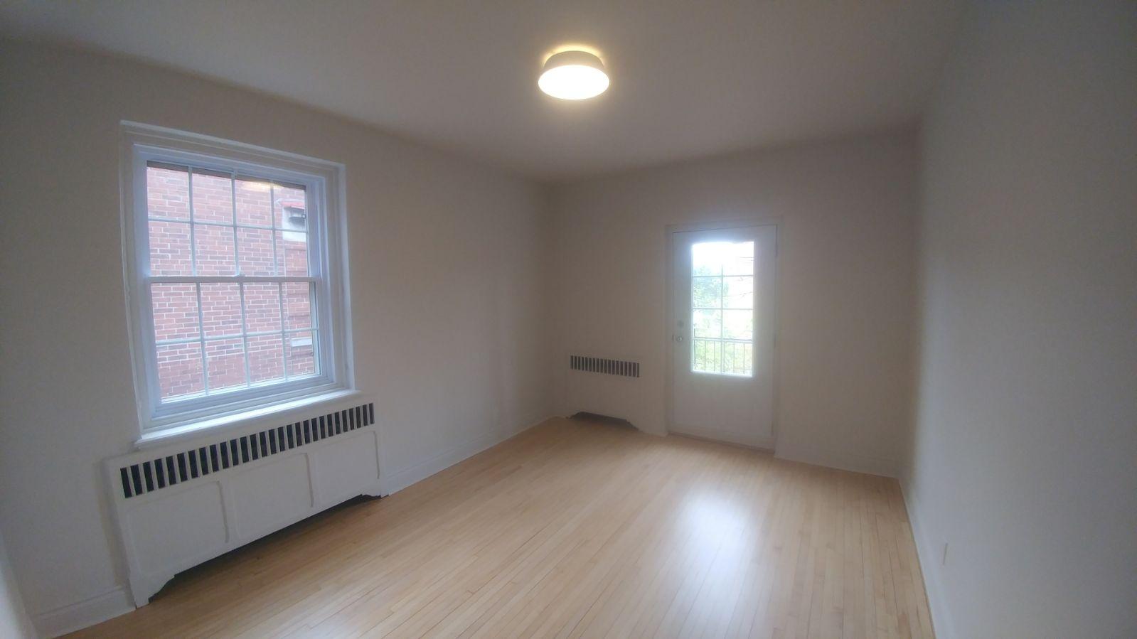 Appartement 2 Chambres a louer à Hampstead a 1-2 Ellerdale - Photo 03 - TrouveUnAppart – L9523