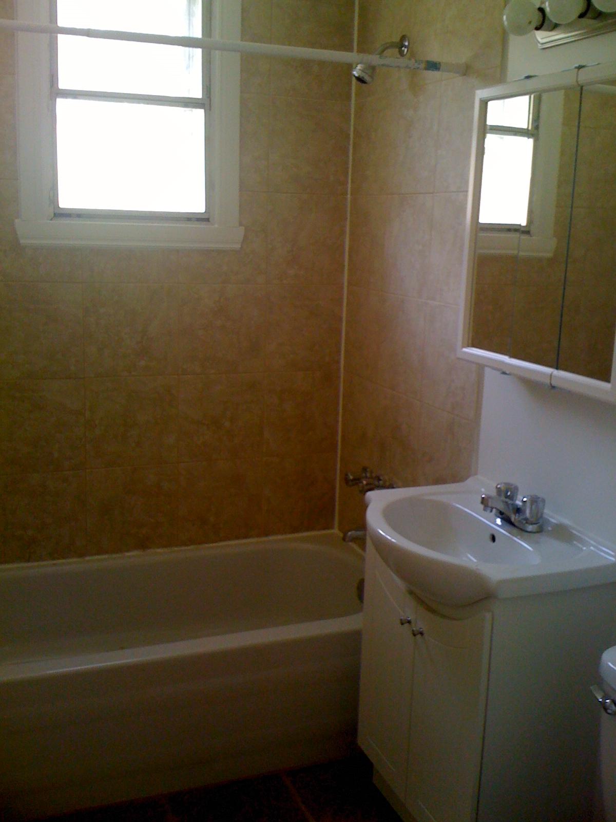 Appartement 1 Chambre a louer à Côte-des-Neiges a 4723-25-27-29 Fulton - Photo 02 - TrouveUnAppart – L202071