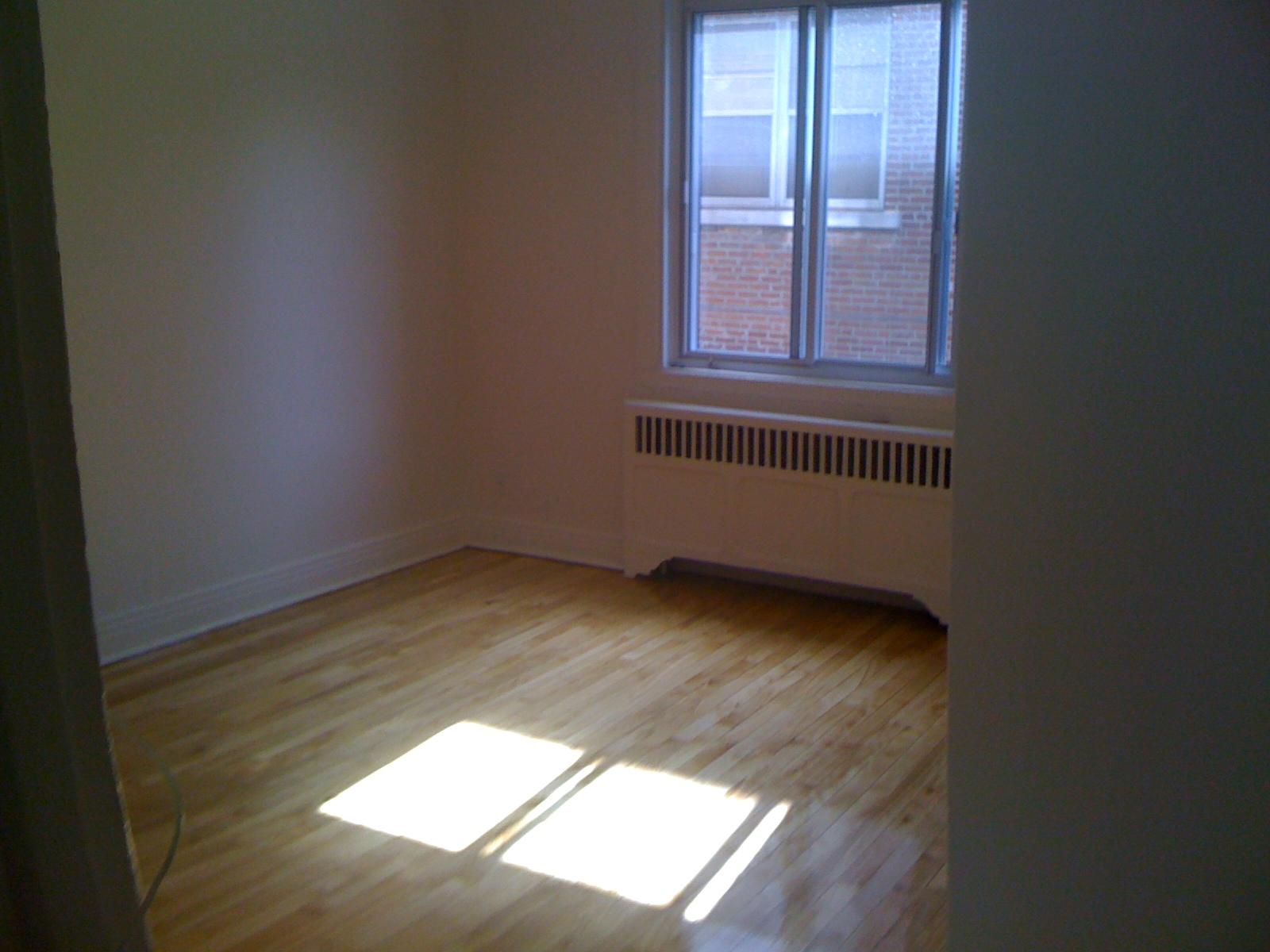 Appartement 1 Chambre a louer à Côte-des-Neiges a 4723-25-27-29 Fulton - Photo 03 - TrouveUnAppart – L202071