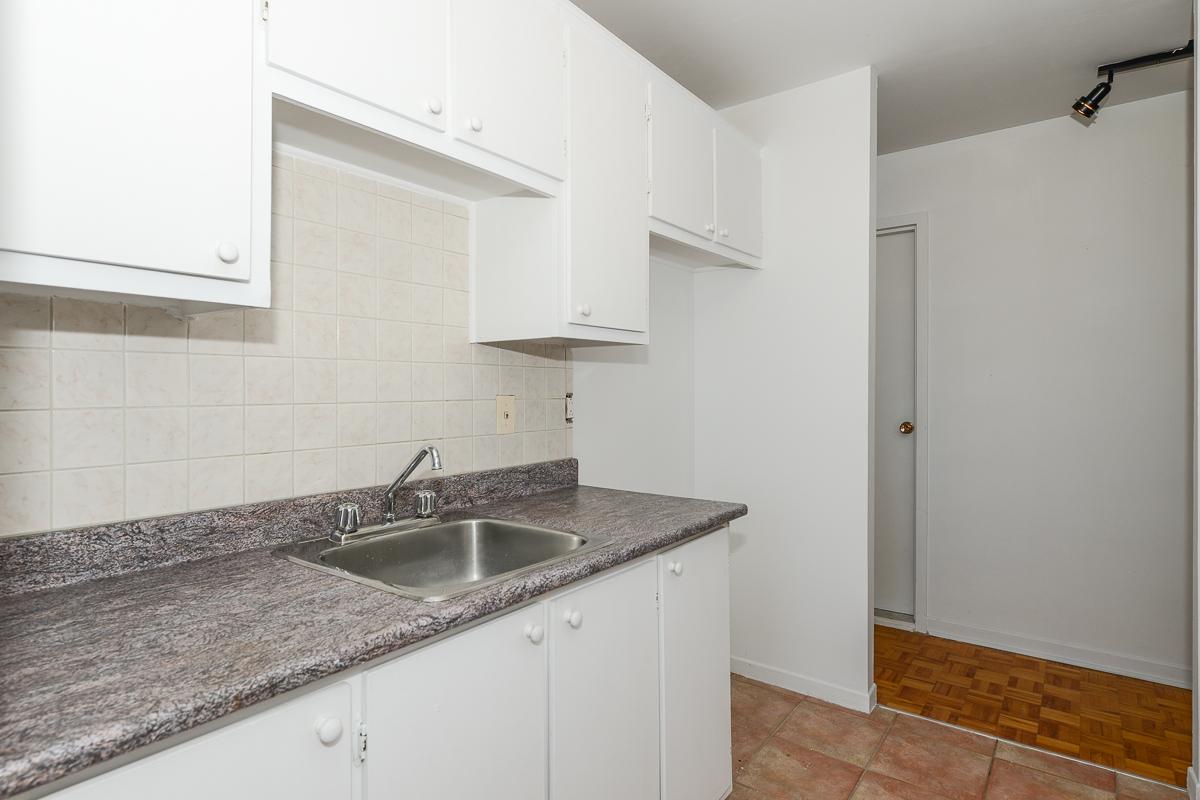 Appartement 2 Chambres a louer à Laval a 5025 Samson - Photo 01 - TrouveUnAppart – L28108