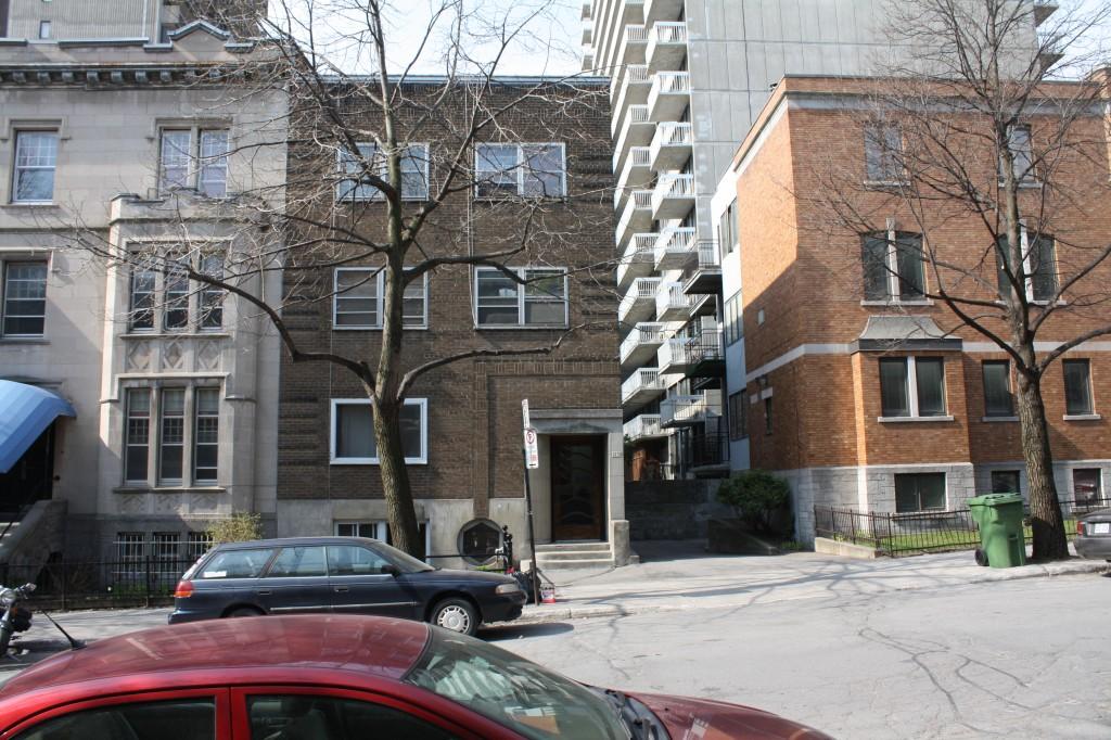 Appartement 1 Chambre a louer à Montréal (Centre-Ville) a 2070 Chomedey - Photo 02 - TrouveUnAppart – L112096