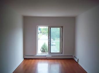 Appartement 1 chambre louer laval le domaine st for Chambre a louer laval