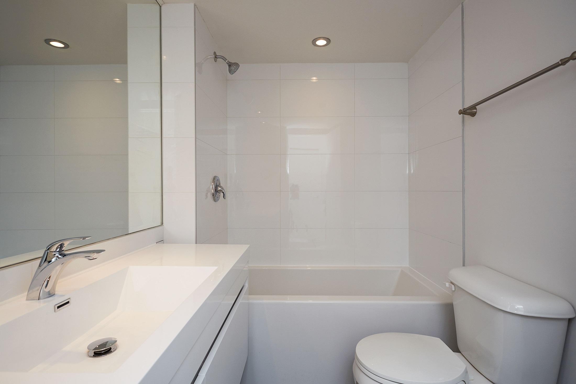 Appartement Studio / Bachelor de luxe a louer à Montréal (Centre-Ville) a Le Parc - Photo 05 - TrouveUnAppart – L2099