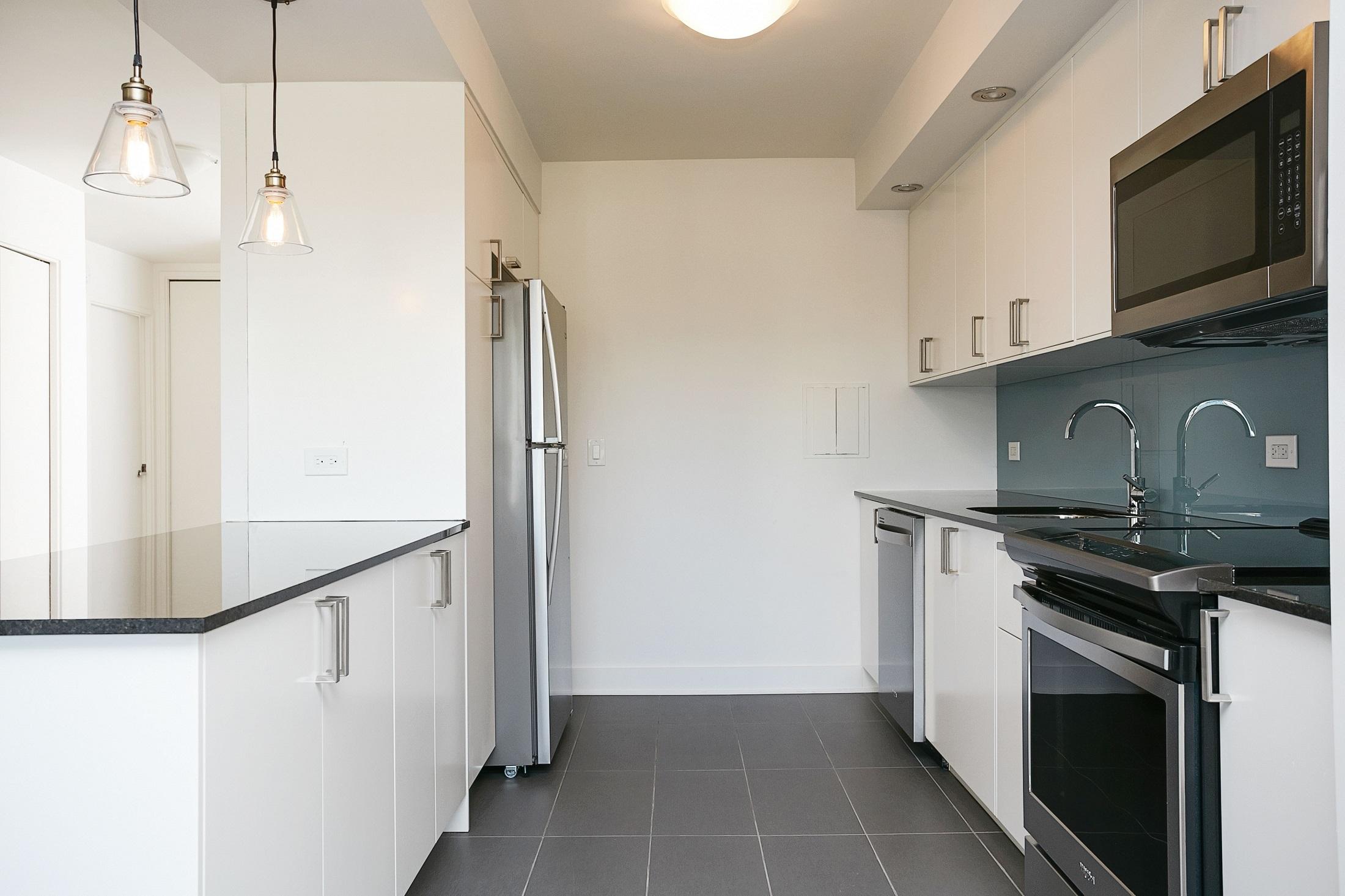 Appartement Studio / Bachelor de luxe a louer à Montréal (Centre-Ville) a Le Parc - Photo 09 - TrouveUnAppart – L2099
