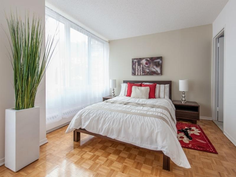 Penthouse 2 Chambres a louer à Côte-des-Neiges a Rockhill - Photo 01 - TrouveUnAppart – L1126