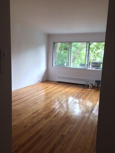 Appartement Studio / Bachelor a louer à Notre-Dame-de-Grâce a 2410-2420 Madison - Photo 01 - TrouveUnAppart – L22570