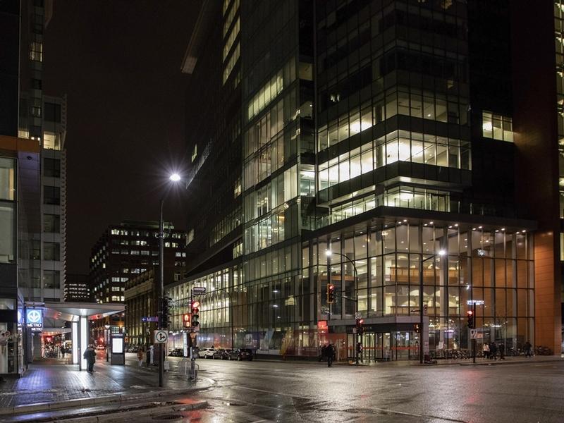 Appartement 2 Chambres a louer à Montréal (Centre-Ville) a Place Dorchester - Photo 02 - TrouveUnAppart – L401567