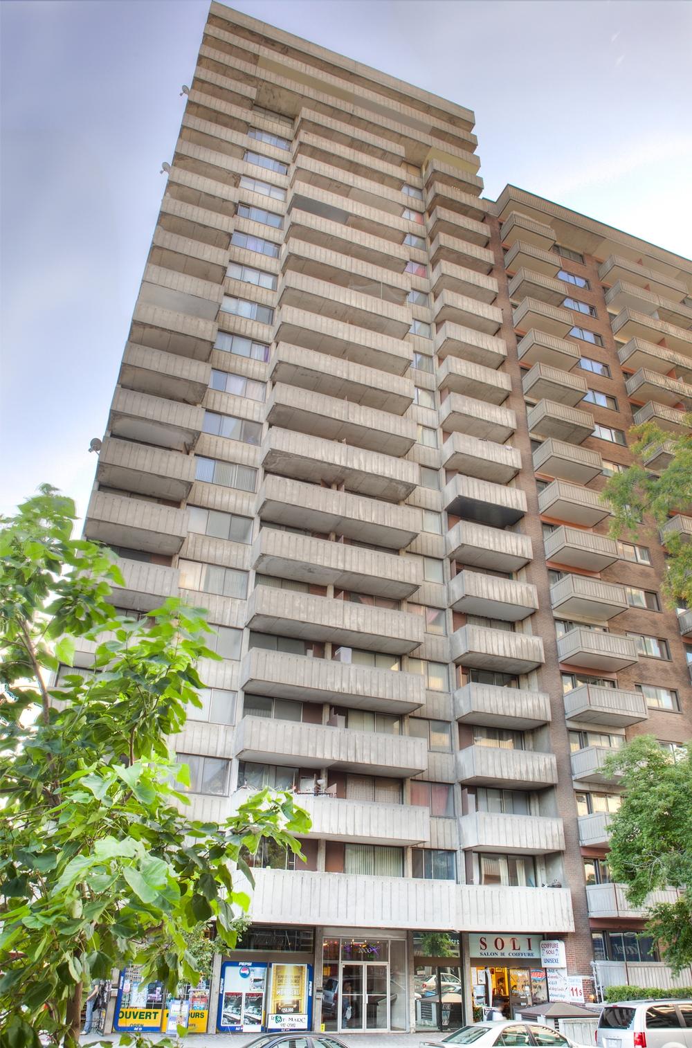 Appartement Studio / Bachelor a louer à Montréal (Centre-Ville) a Le St-Marc - Photo 01 - TrouveUnAppart – L350779