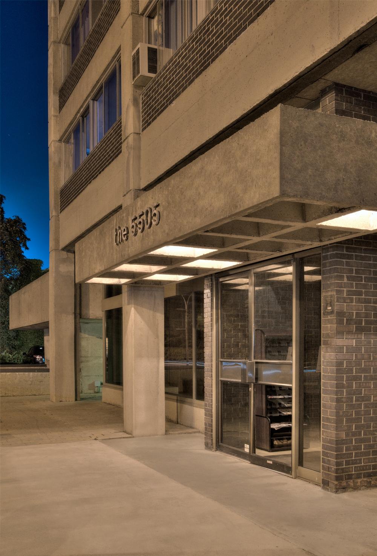 Appartement 2 Chambres a louer à Côte-Saint-Luc a 5505 Cavendish - Photo 02 - TrouveUnAppart – L9518