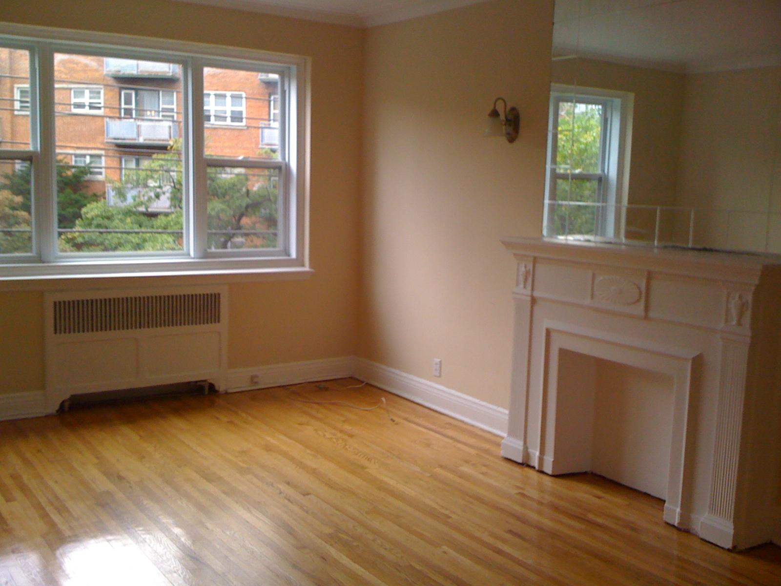 Appartement 1 Chambre a louer à Côte-Saint-Luc a 5801-5805 CSL Road - Photo 02 - TrouveUnAppart – L27081