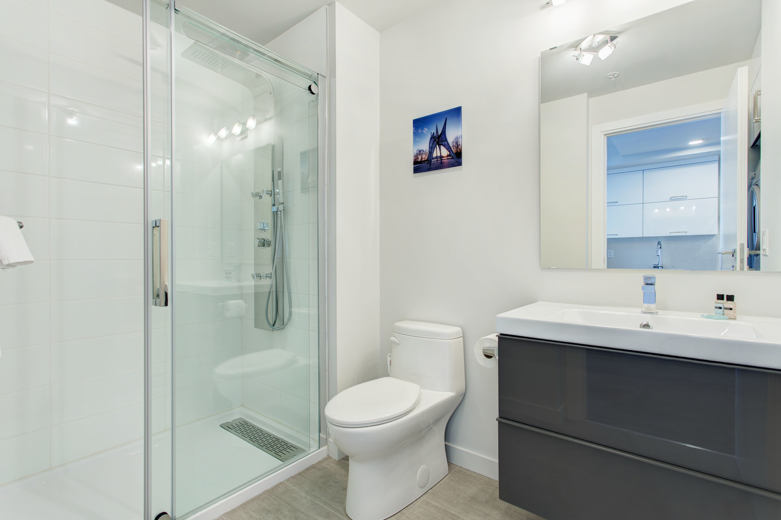Condo 1 Chambre de luxe a louer à Montréal (Centre-Ville) a Le Rubic - Photo 07 - TrouveUnAppart – L405206