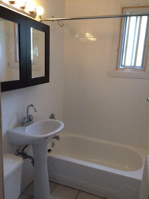 Appartement 2 Chambres a louer à Côte-des-Neiges a 5690 Gatineau et 3510 Cote-Ste-Catherine - Photo 03 - TrouveUnAppart – L9638